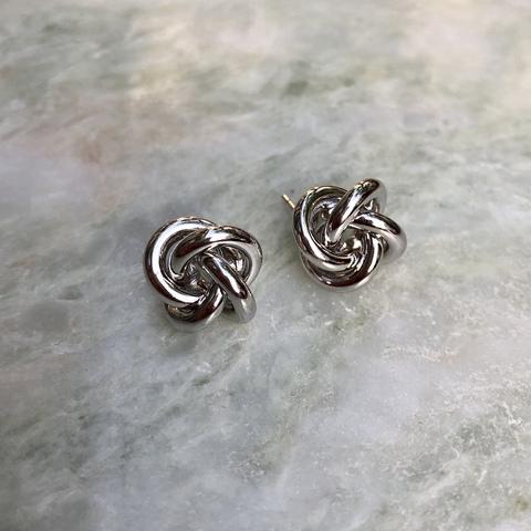 Серьги Переплетение Узелок, серебряный цвет