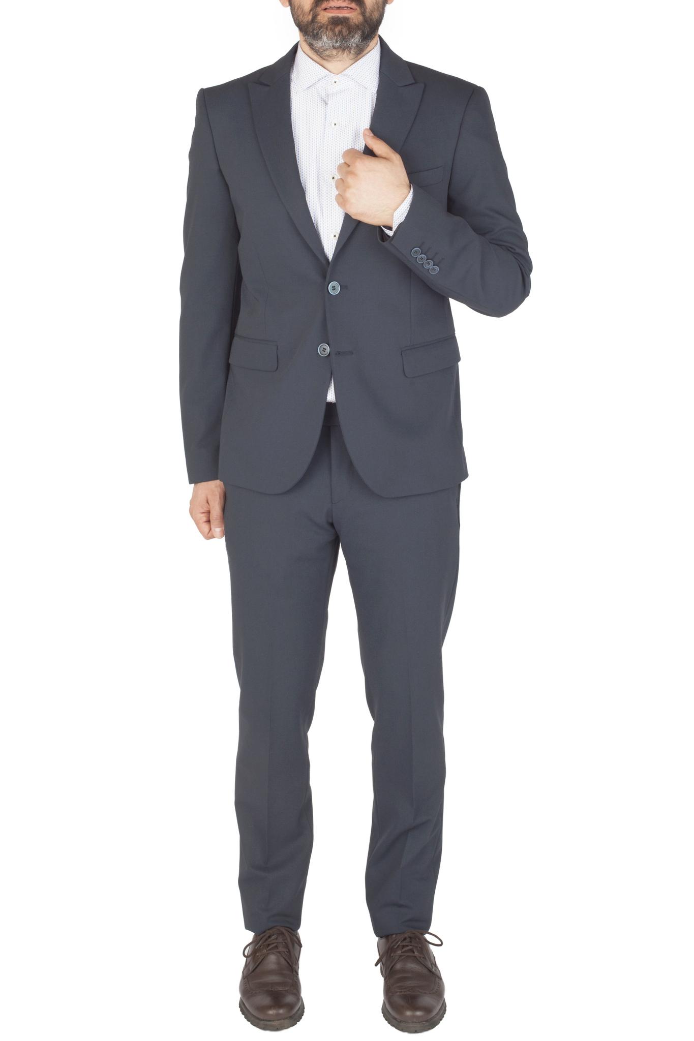Тёмно-синий шерстяной костюм