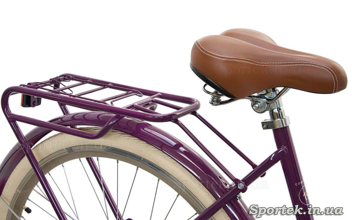Седло и вид спереди городского женского велосипеда Dorozhnik Comfort Female 2018