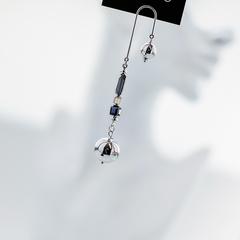 Моносерьга из японского хрусталя с шариками  оптом и в розницу