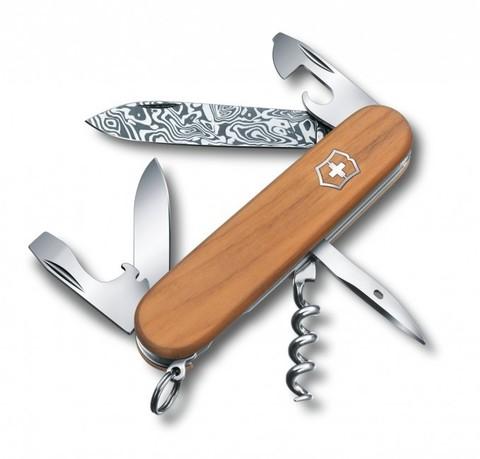 Нож Victorinox Spartan Damascus модель 1.3601.J14