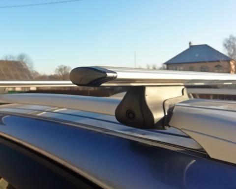 Багажник Дельта Партнер на рейлинги с крыловидной поперечиной 120 см.