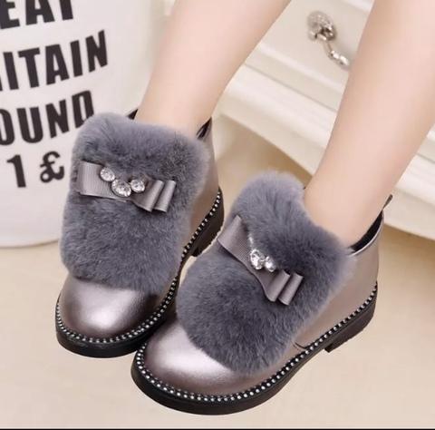 Ботинки с меховым украшением