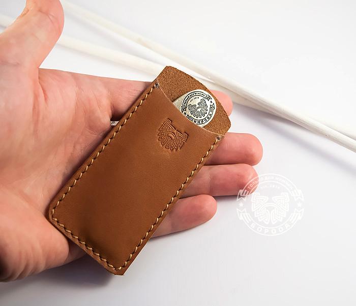 RAZ171 Классная фирменная расческа из бронзы в кожаном чехле ручной работы фото 05