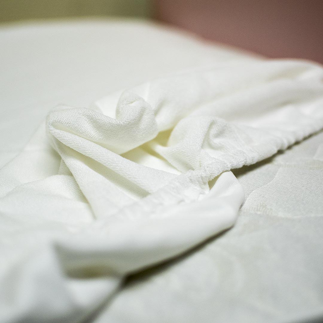 Непромокаемая простынь 160х80см для подростковых кроватей