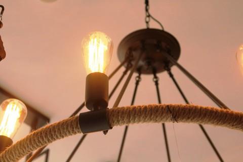 vintage chandelier  01-10 ( by Funky Vintage )
