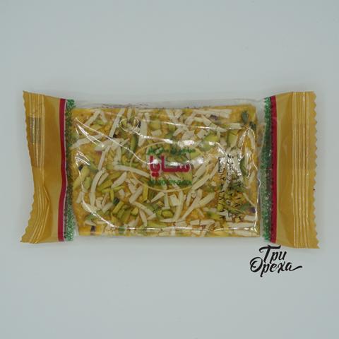 Грильяж с фисташками миндалем и грецким орехом, 70 гр