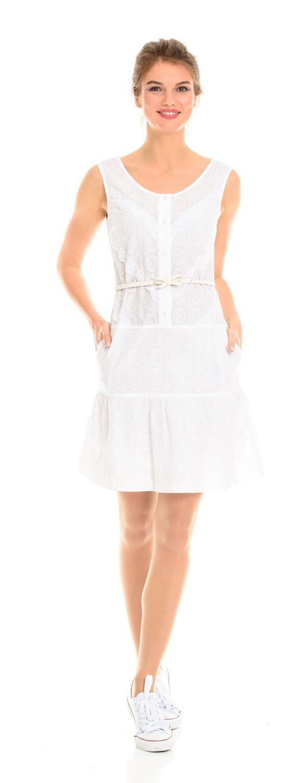 Платье З098-190 - Платье-сарафан из белого шитья с заниженной линией талии и широким воланом от бедра. Отделка из кружева в тон. Комфортное и стильное платье для летнего отдыха. Пояс в комплект не входит.