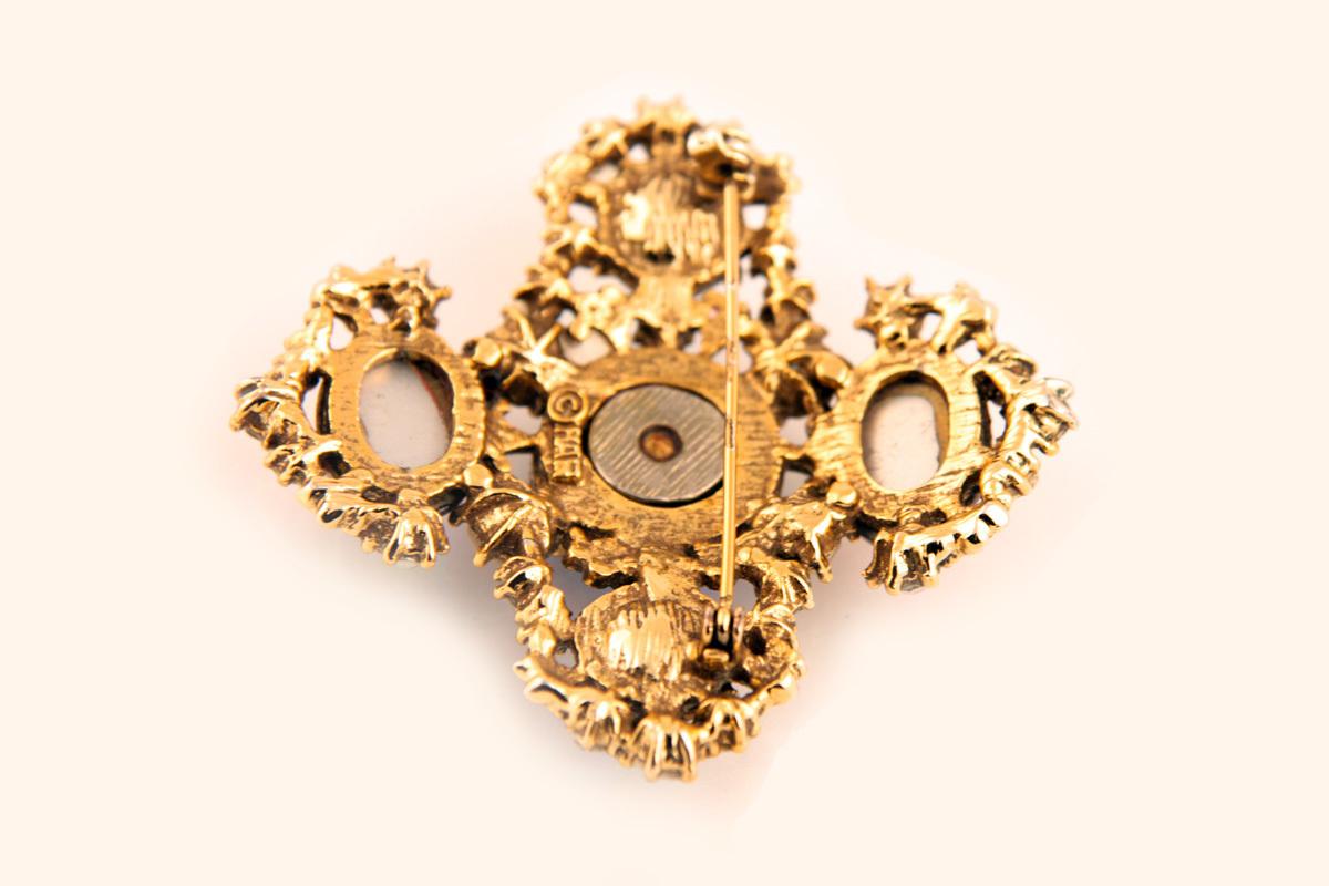 Красивая, редкая брошь мальтийский крест от Har