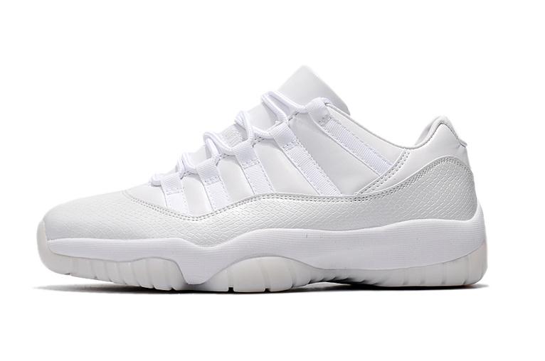 4eb25dd45efb Женские кроссовки (Джордан) Air Jordan 11 Low купить в баскетбольном ...