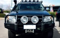 Бампер силовой Black Commercial Toyota Hilux 2005-2011г