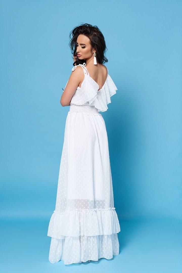 a6499494bf5dbe8 Длинное шифоновое платье с воланами, белое купить в Москве. Интернет ...