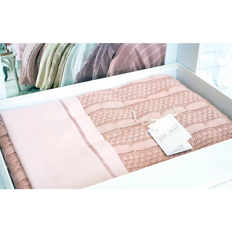 Набор постельного белья с пледом Dilara розовый Gelin Home