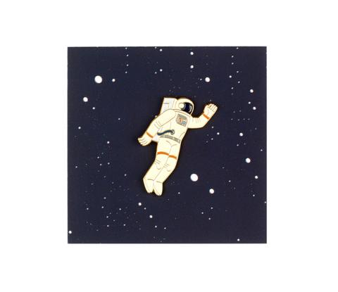 Значок металлический Космонавт