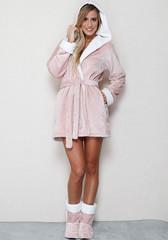 Плюшевый розовый халатик с капюшоном