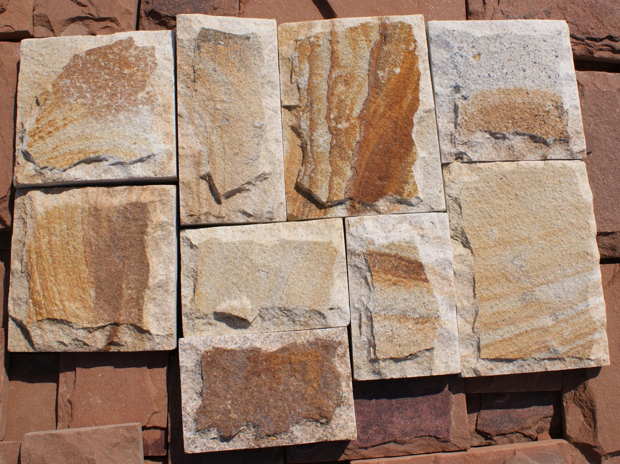 плитка песчаник пиленный рустованный Жемчуг, пример кладки