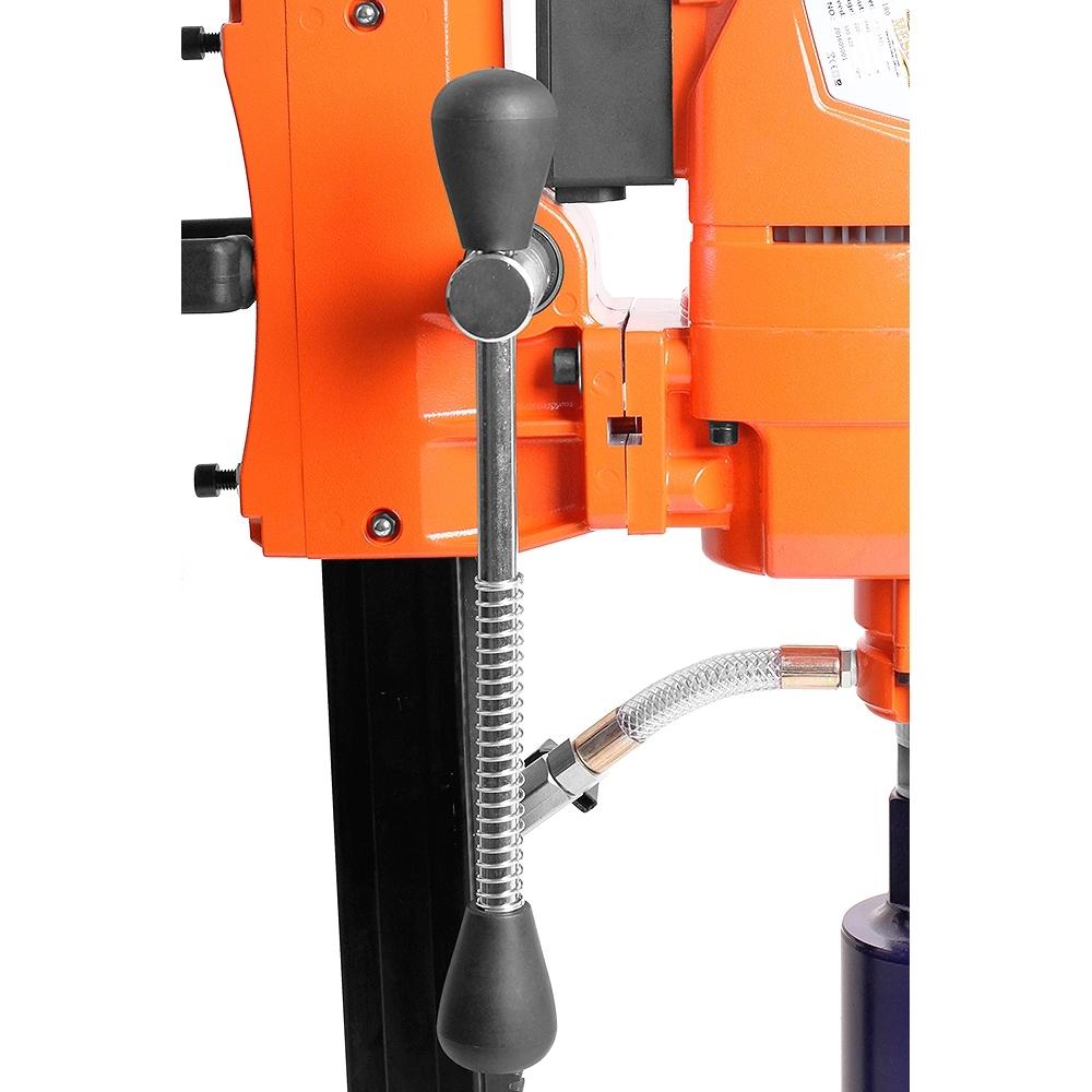 Двигатель установки алмазного бурения MESSER DM-180