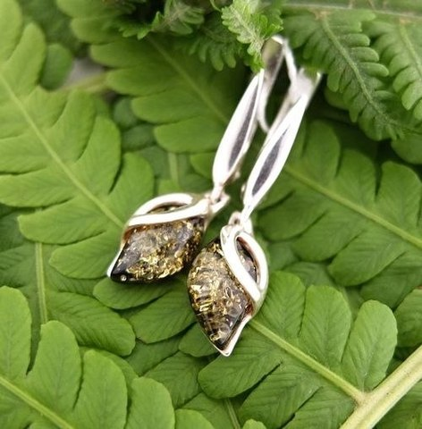 янтарные серьги в серебре