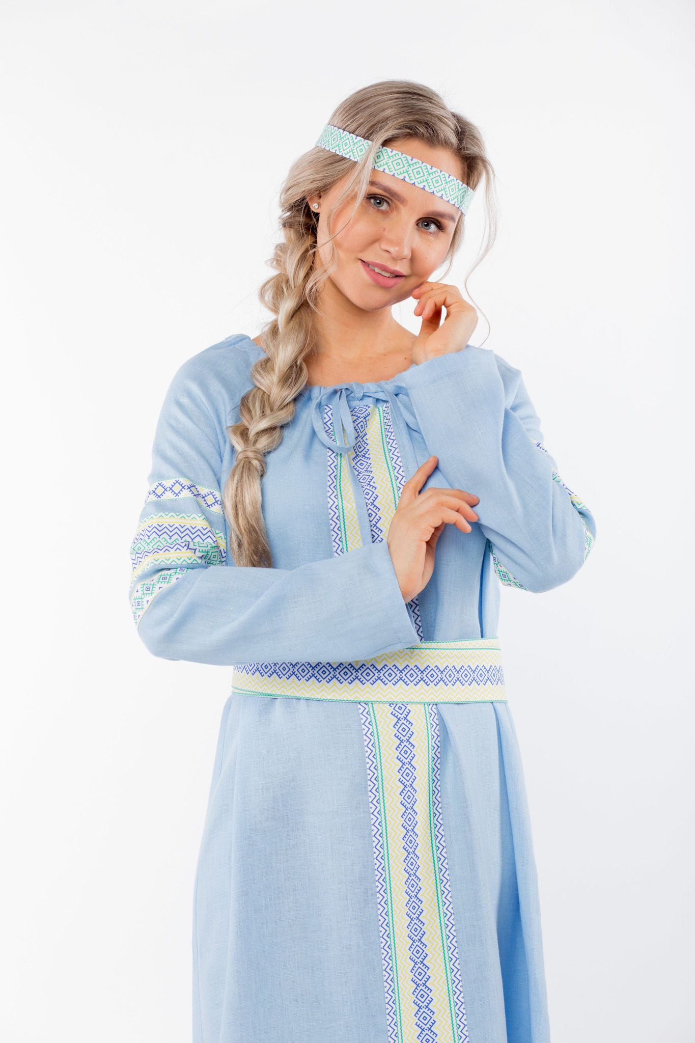 Платье льняное Чистый родник приближенный фрагмент