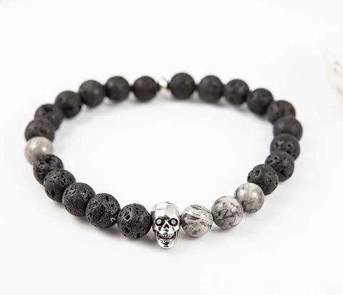 Браслет ручной работы из лавы и серой яшмы, с металлическим черепом. «Boroda Design»