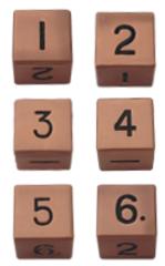 Набор шестигранных металлических кубиков цвета старой меди