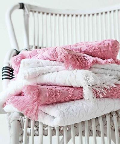 Полотенце 100х150 Blanc des Vosges Princess розовое