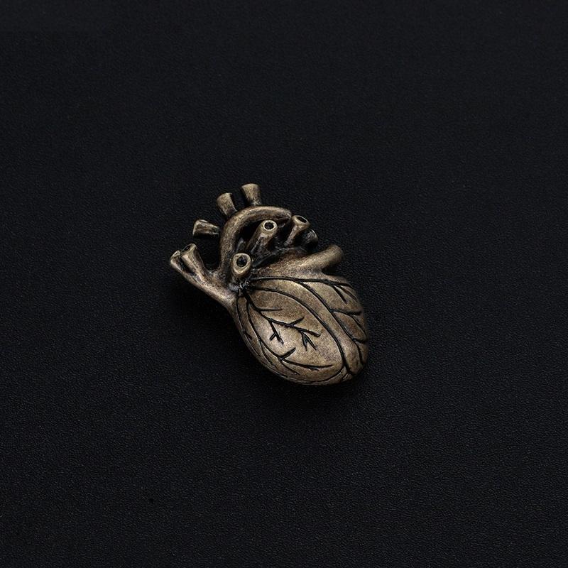 Брошь Сердце (золотой матовый цвет)