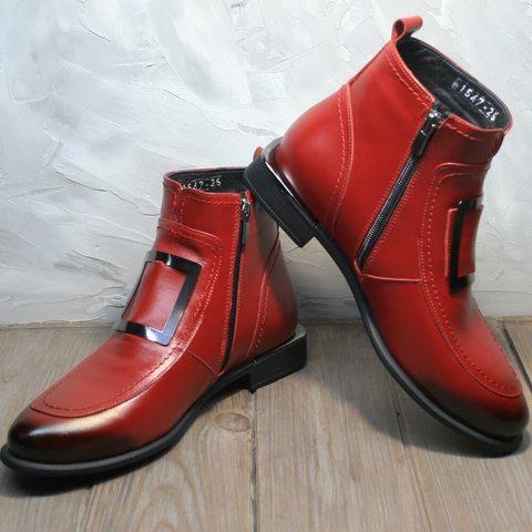 Демисезонные ботинки женские без шнурков. Красные кожаные ботинки с пряжками. Лоферы ботинки женские на низком каблуке Evromoda S.A.Red.