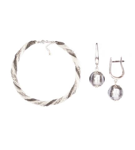 Комплект украшений серебристо-белый (серьги-бусины, ожерелье из бисера 24 нити)