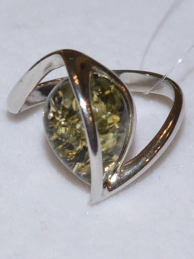 Янтарь 81103 (кольцо из серебра)