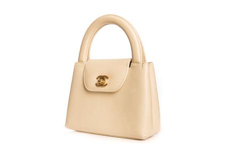 Бежевая сумочка от Chanel  |  Chanel vintage beige caviar handbag