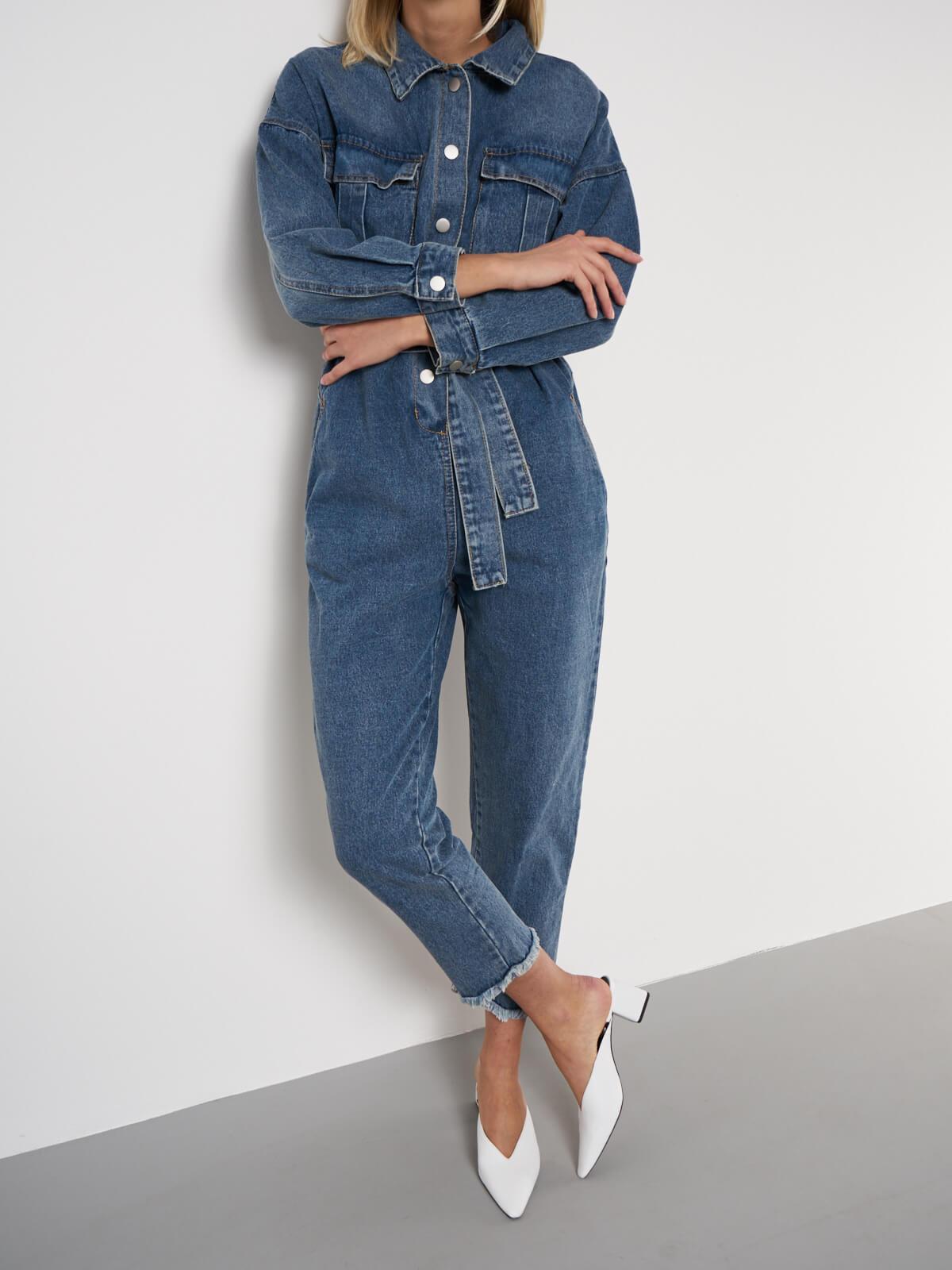 Комбинезон джинсовый с поясом