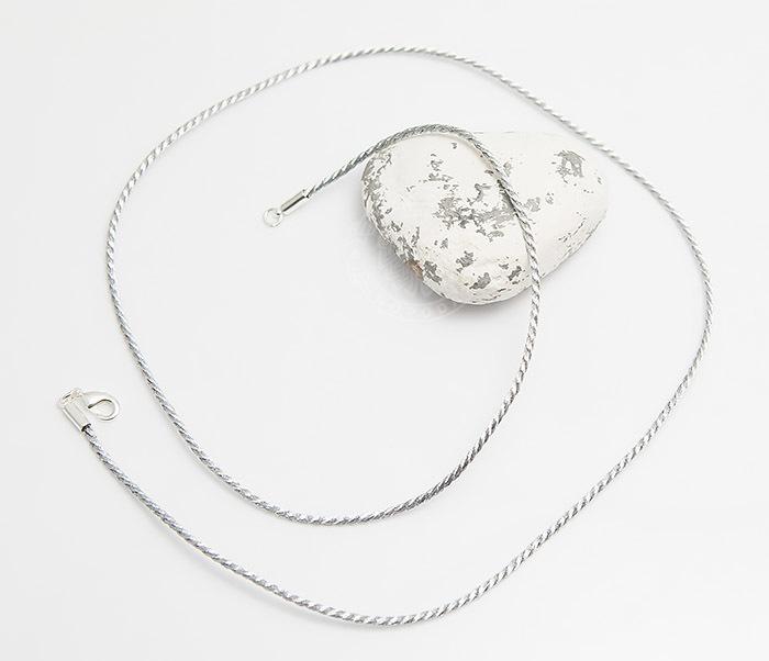 PL278-1 Шелковый шнур на шею (гайтан) серебристого цвета (55 см) фото 02