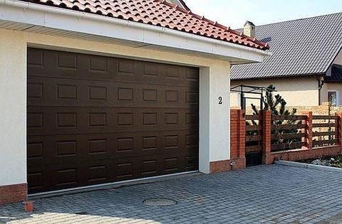 секционные ворота   2,5м x 2,5м