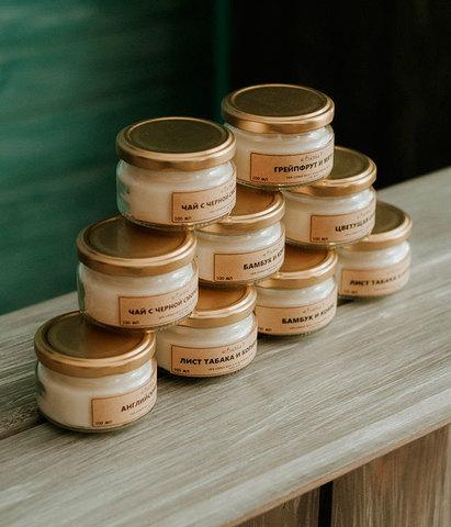 Свеча ароматическая Тиковое дерево и табак, Banka home