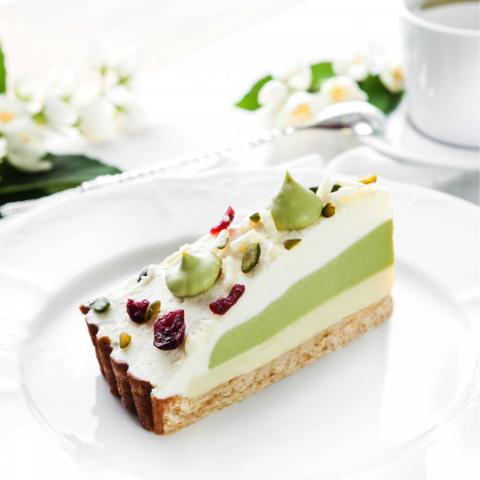 Торт Зеленый Чай с белым шоколадом (12п / 1.26кг)