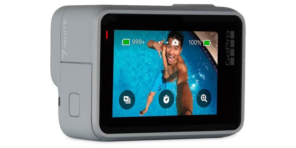 Экшн-камера GoPro HERO7 White Edition (CHDHB-601-LE) вид сбоку ЖК экран