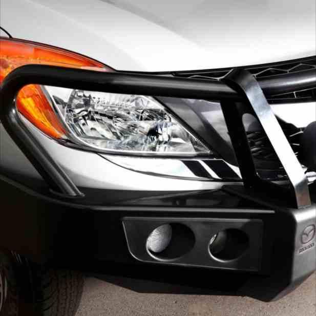 Установка переднего силового бампера Mazda BT50 фото-1