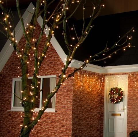 новогодняя уличная светодиодная гирлянда нить теплобелая LED