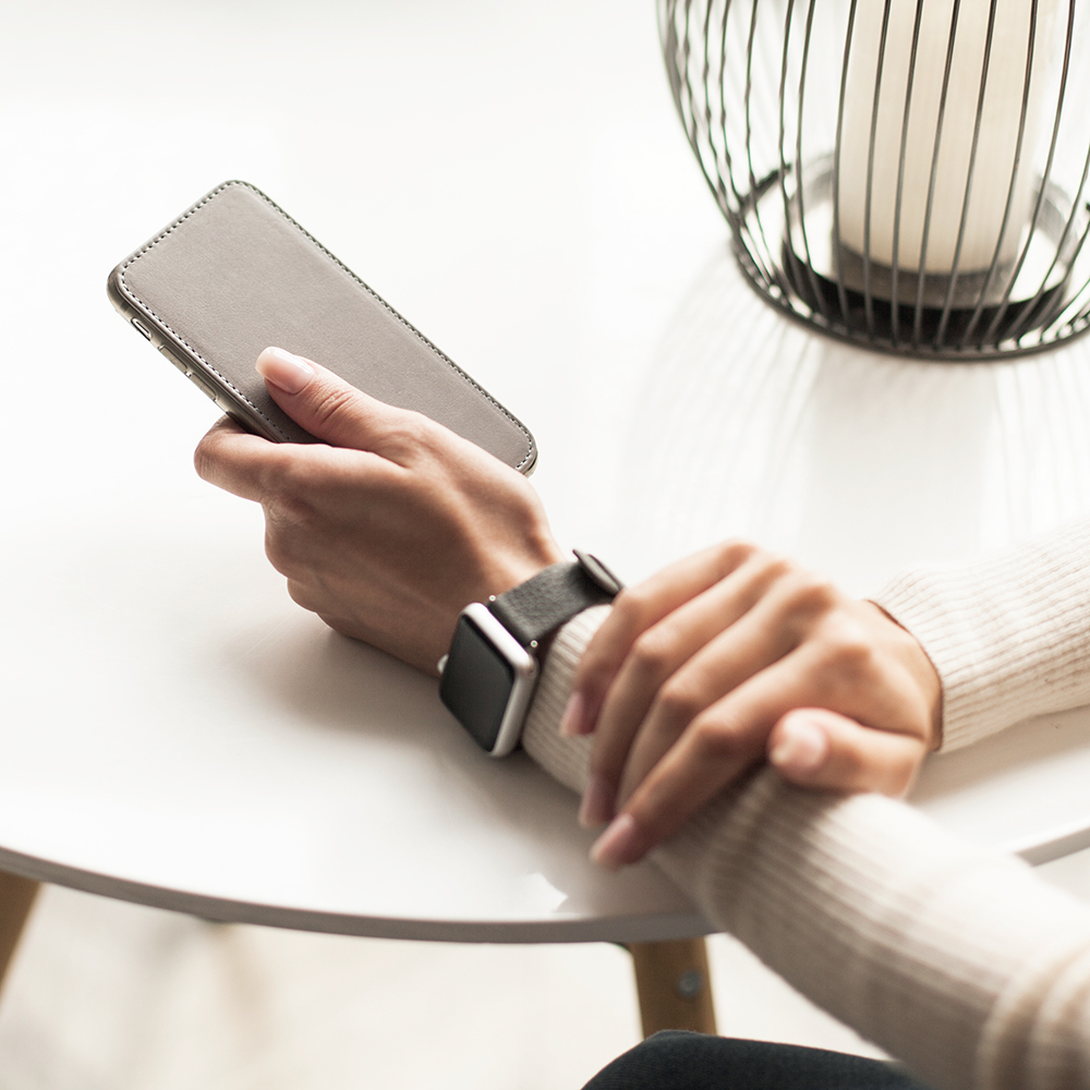 Чехол для iPhone 8 из натуральной кожи теленка, светло-серого цвета