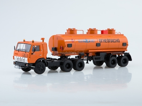 KAMAZ-54112 with semitrailer NEFAZ-96742 orange 1:43 Start Scale Models (SSM)