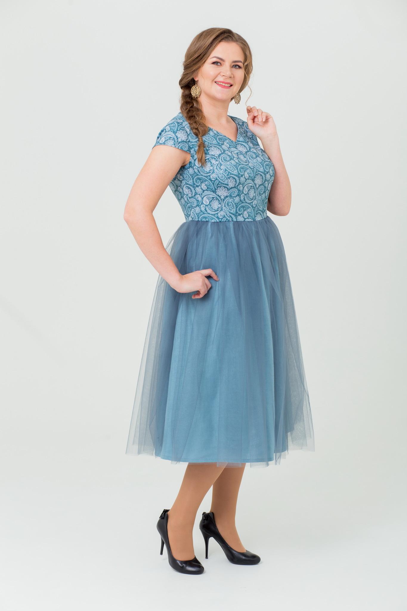 Платье миди в русском стиле Новый год