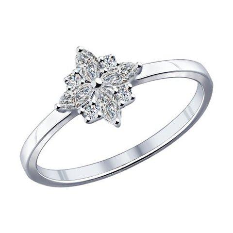 Кольцо из серебра в форме звезды  с фианитами