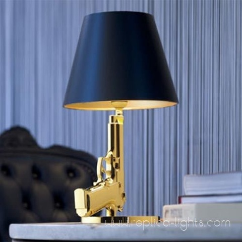replica   gun ( pistolet )  table lamp