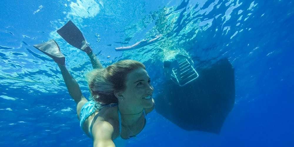 Водонепроницаемый бокс для камеры GoPro HERO7 Super Suit White/Silver (60 м) под водой