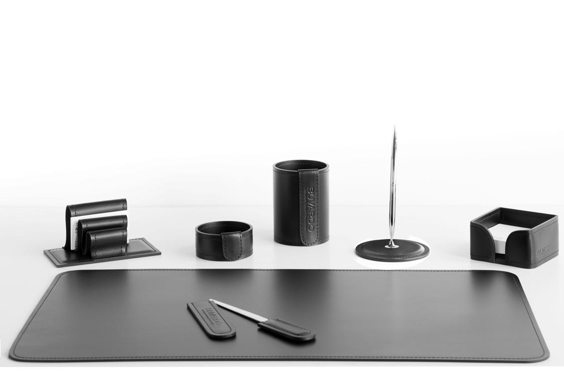 Набор на стол руководителя 7 предметов арт.1081-СТ из итальянской кожи Cuoietto.