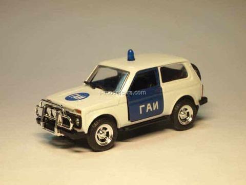VAZ-21213 Niva Lada GAI USSR Police Agat Mossar Tantal 1:43
