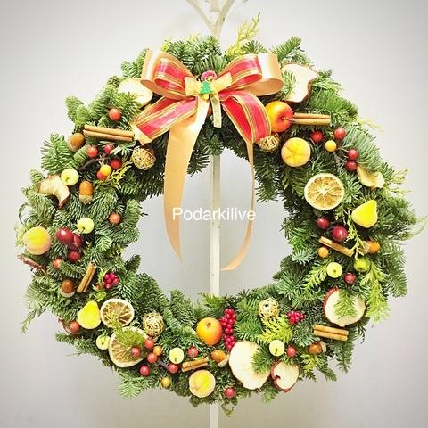 Новогодний веночек из европейской ели №2
