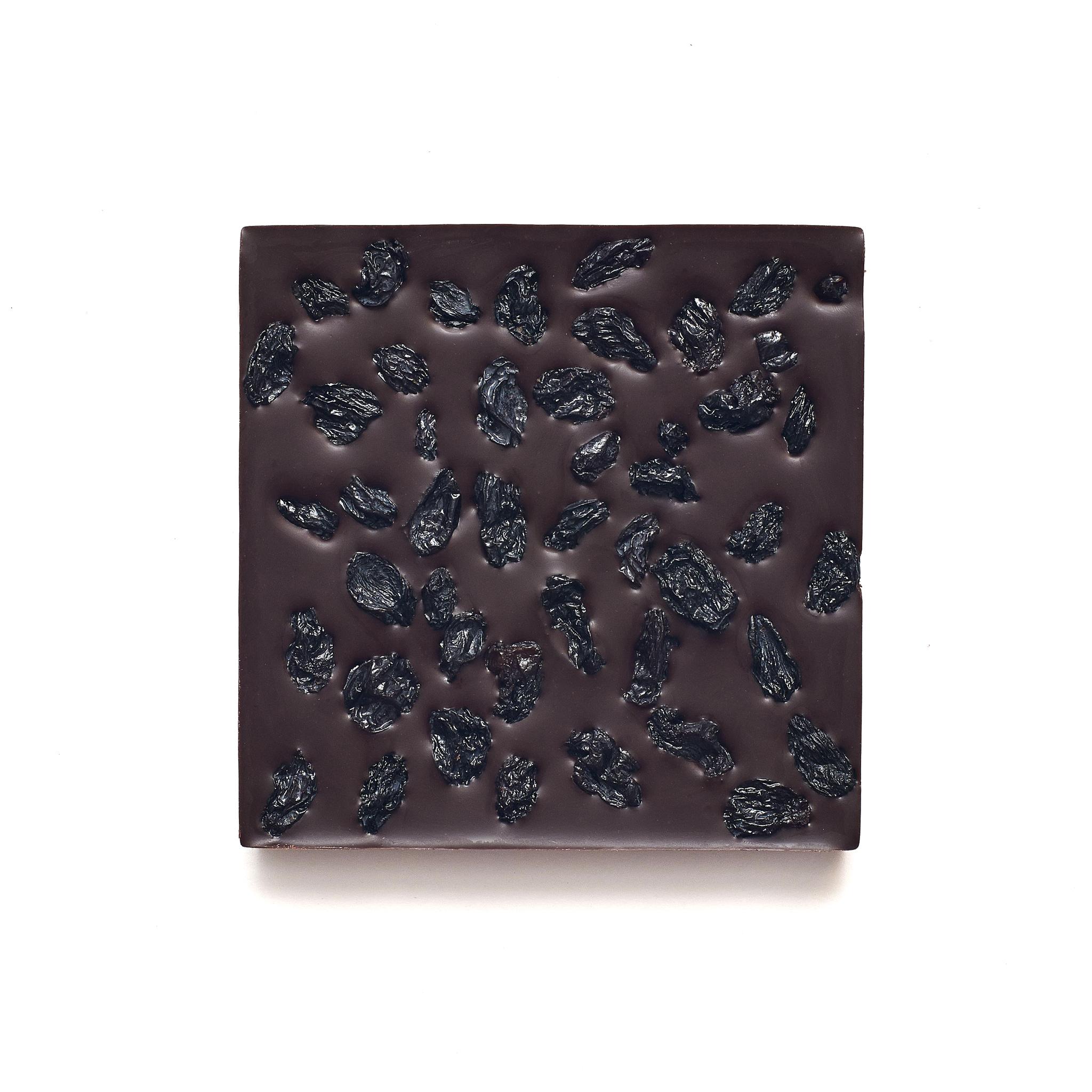 Шоколад с чёрным виноградом