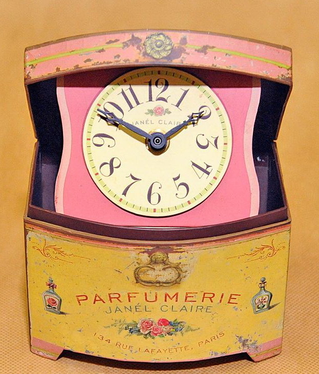 Часы настольные Timeworks French Perfume BCPF4S